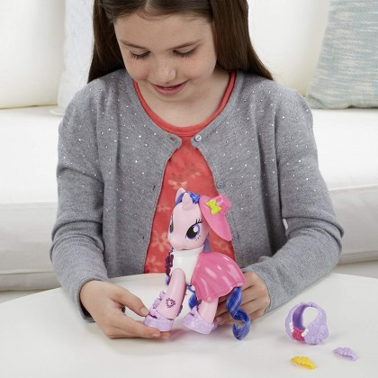 Hasbro My Little Pony Explore Equestria 6-inch Fashion Style Set Royal Ribbon